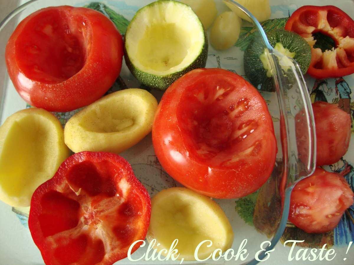 Pommes de terre, tomates, courgette, poivron farcis