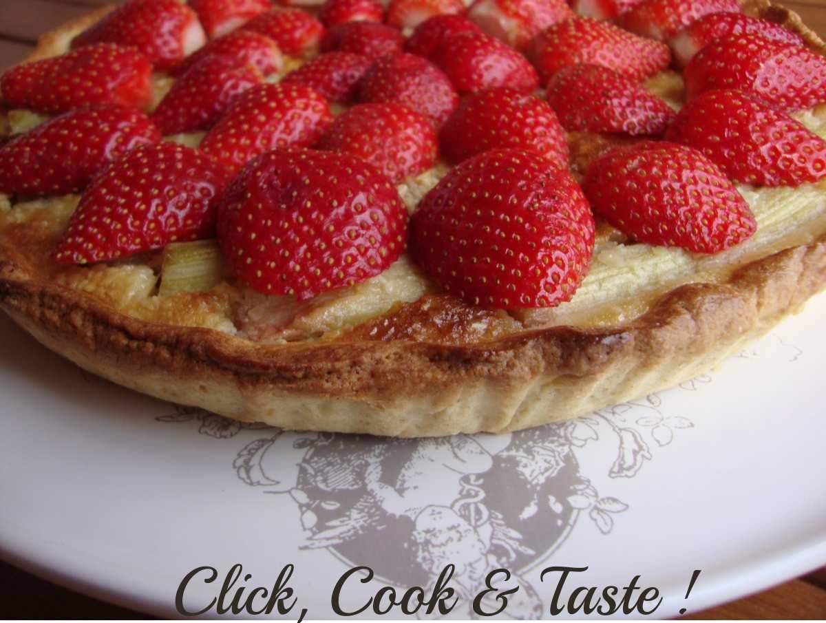Tarte fraise - rhubarbe - amande